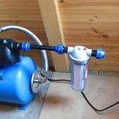 Дешевий водопровід на дачі: колодязь, свердловина, насос або станція?