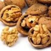 Які групи волоських горіхів виділяють