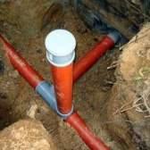Правила прокладки каналізаційних труб своїми руками