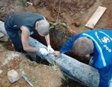 На яку глибину закопувати трубу водогону в землі?