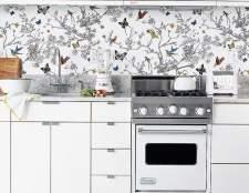 Вибір кухонних шпалер: поради та рекомендації